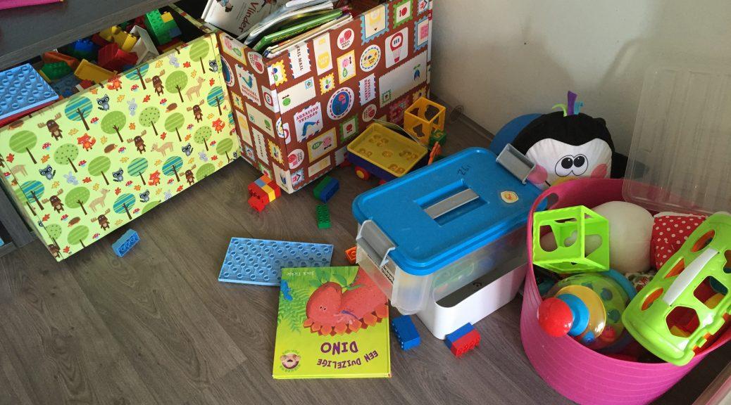 speelgoed spelen verwennen tot spel komen opruimen sorteren zorg dragen