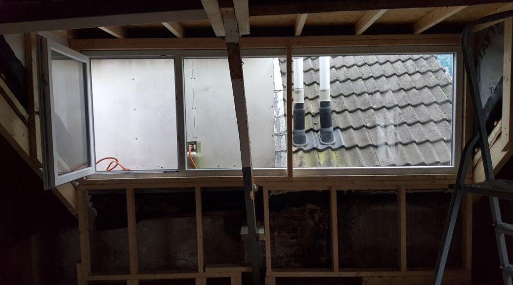 verbouwing lekkage verbouwen klussen huis gezin praktijk aan huis dakkapel dakraam sterrenhemel zolder licht glasvezel ventilatie aannemer