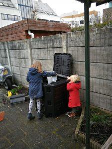 makkelijke moestuin compostbak composteren tuin