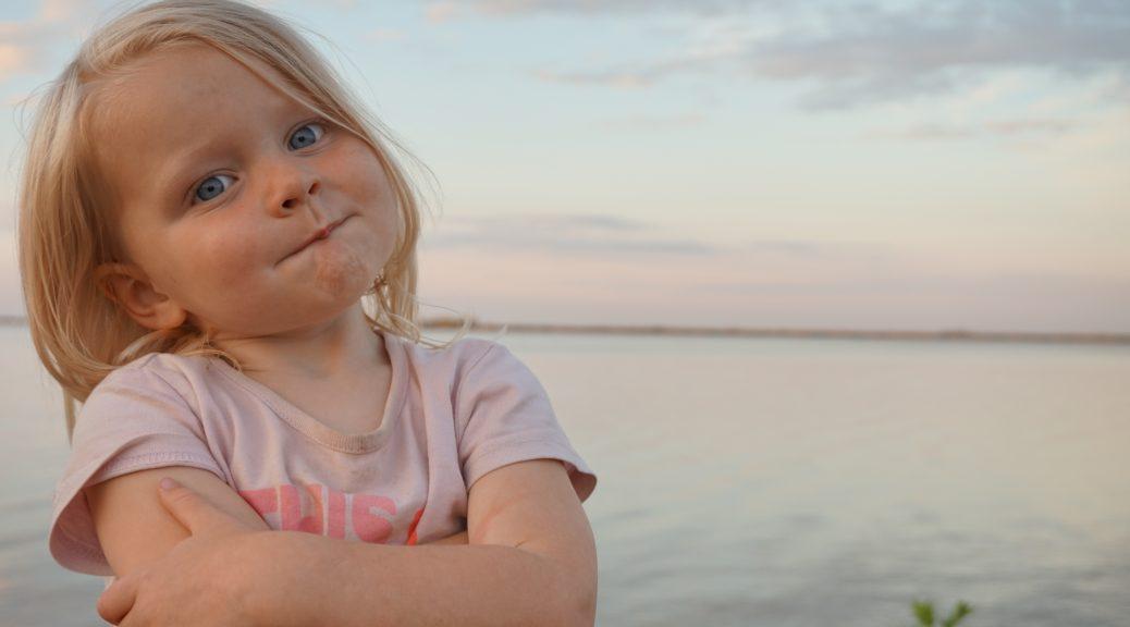 jongste in het gezin 3 kinderen drie kinderen derde kind peuter driftbuien slaapproblemen verwend de zin krijgen drammen